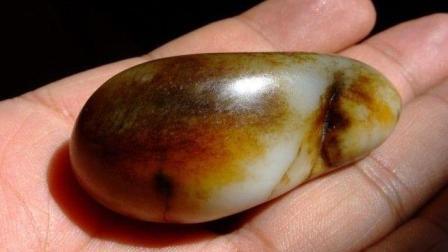 280000买的黄沁和田玉籽料原石竟然全部是人工染色! ?