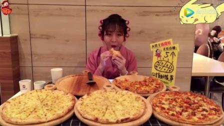 美女真真大胃秒杀5个十二寸披萨, 30个布丁还半饱