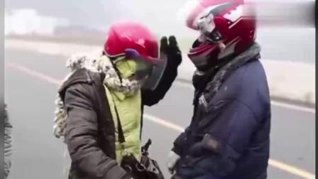 中国最长摩托大军千里返乡路 有钱没钱回家过年 愿安全返乡