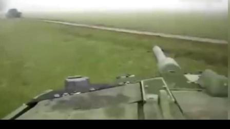 人力装填能有多块? 豹二装填手视角证明人不比装弹机差!