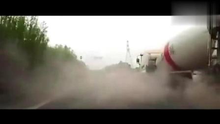 渣土车为救命, 硬是开出了几百万的气质