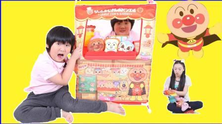 美莉玩具酷 有时下最流行的网红脏脏面包 欢迎光临面包超人的大面包店!