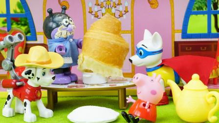 细菌小子帮佩奇制作超级大面包 1583