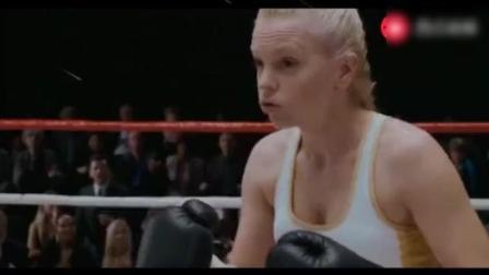 拳王泰森唯一一次与女拳手对打, 比赛结果很惊人