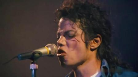 一场演唱会5000多人激动晕倒, 也只有迈克尔杰克逊做得到