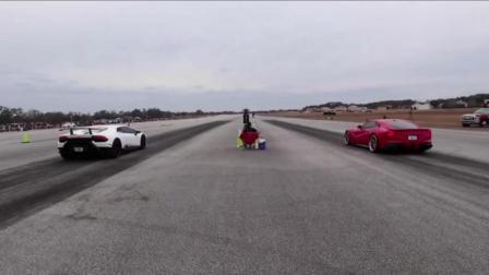 法拉利F12与兰博基尼小牛区别有多大? 刚踩下油门就立马秒杀了