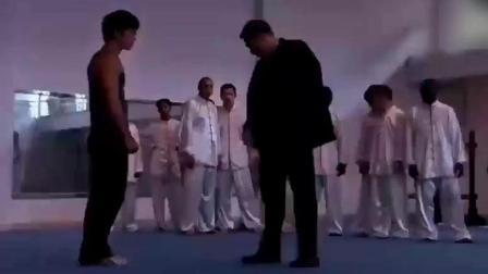 唯一曾打败过李小龙的人, 也让李小龙由衷的敬畏