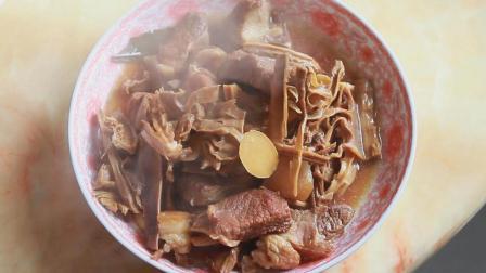 笋干这样处理, 烧肉才会好吃, 一碗笋干炖肉吃到过年