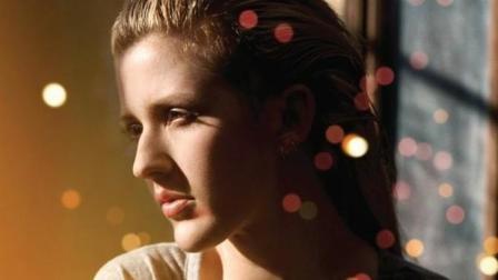 电影《五十度灰》的主题曲《Love Me Like You Do》, 一遍就会爱上的歌