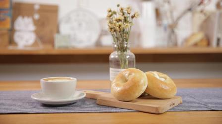 面包也能在水里煮? 低卡又健康的贝果面包, 难道还没抓住你的胃