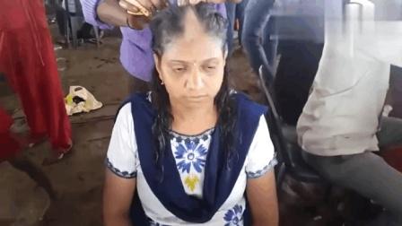 天气太热了, 印度女人直接剃光头, 肤色比脸还白