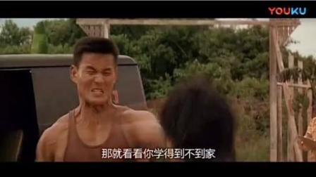 李小龙和肌肉男的对打你绝对没见过,这是我看过最搞笑版的李小龙