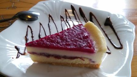 紫薯三明治, 奶油泡芙, 水果班戟, 过年总是少不了待客, 这几个点心就很不错!