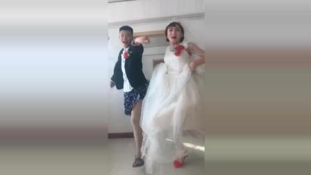 新娘新郎俩一起跳舞 让所有人无言以对