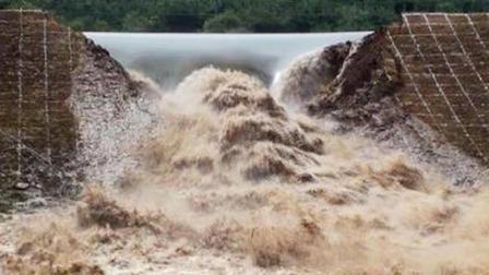 印度效仿中国建大坝, 投资40亿耗时40年, 没想到开闸仅4秒就决堤