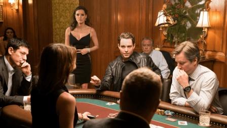 """有颜值有学历, 却靠""""赌技""""逆袭的女孩, 8年赢数百万, 豆瓣7.6分"""
