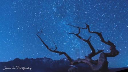 玉龙雪山的银河