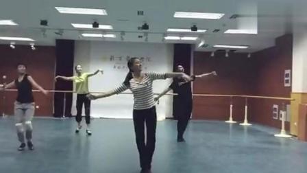 北京舞蹈学院5人跳《天边》, 太优美了