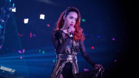 蔡依林和铁粉演唱会惊跳加速版《舞娘》网友: 这是真粉丝! 高手在民间!