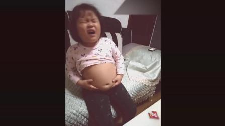 这则视频告诉我们, 一定要控制孩子的暴饮暴食, 不然很容易出事儿!