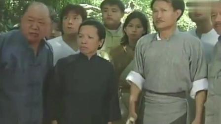 林正英遇见神鸟, 鸡鸭鹅狗全来朝拜, 吓得村民都慌了?