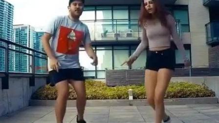 Tiesto新单《Boom》最新跳舞小视频!