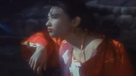 """李连杰经典电影, 小时候完全不明白邱淑贞的""""小乳猪""""是什么梗"""