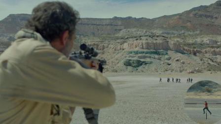 堪比游戏绝地求生大逃杀的电影, 沙漠中狙击枪八倍镜, 见人就爆头
