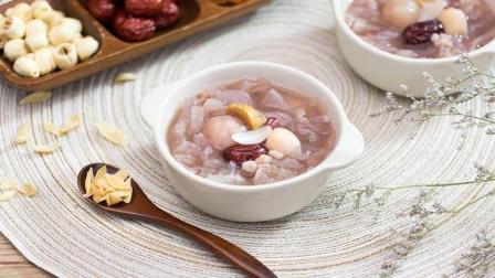 开年饭后, 最适合一家人聚在一起喝道八宝甜汤!