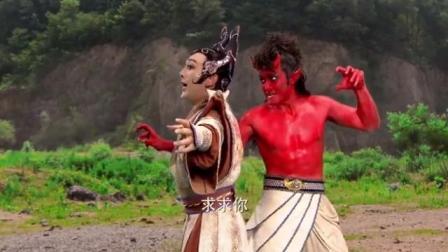 封神英雄:雷震子发怒变身成怪物,徒手撕碎蛇妖,超霸气!