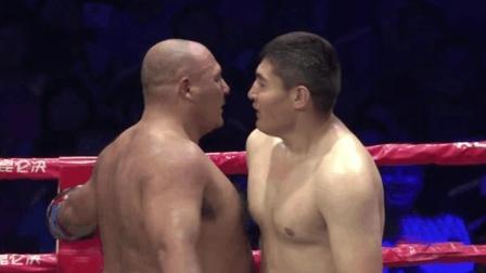 日本选手多次激怒中国重量级勇士, 结果被打断手被重拳暴打KO了