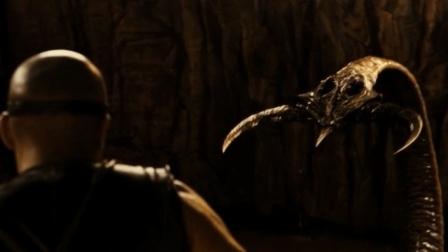 范迪塞尔代表作《星际传奇3》为了生存, 主角跟外星异形展开厮
