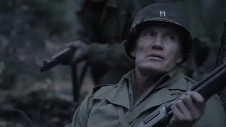 美军小队伏击德军坦克部队, 一大兵太怂差点坑了战友, 过程精彩!