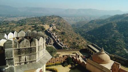 印度为超越中国, 花100多年修建84公里长城, 称比中国长城壮观!