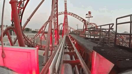 迪拜公园过山车第一视角