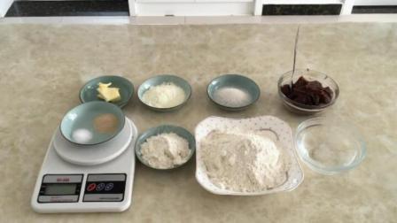 君之烘焙面包 烘焙西点学校 芒果千层蛋糕的做法