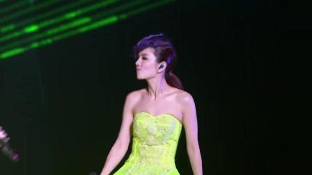 《Super Star》SHE演唱会进入狂暴状态