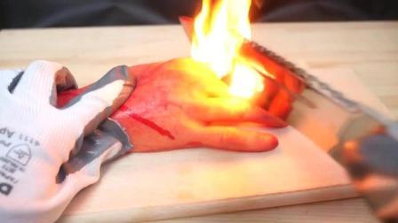 高温100°的菜刀砍三星手机会有什么效果?