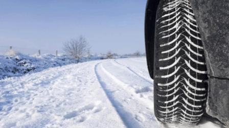 南方司机教你如何雪地脱困