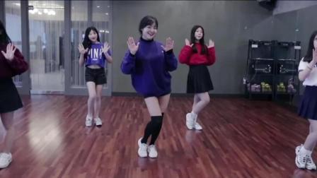 最近超流行的《BBoom BBoom》舞蹈, 编舞超赞, 可爱的你学会了吗?