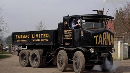 1928年卡车用明火启动, 1公里烧半斤煤, 这结构有A1驾照也不会开!