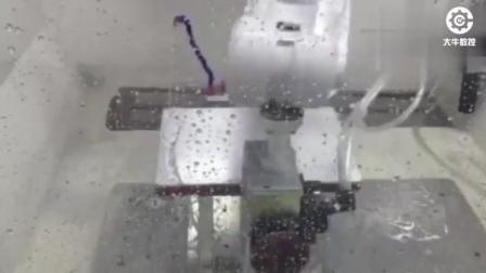 ABB机器人自动化打磨金属笔记本