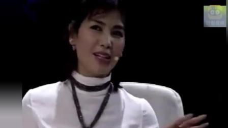 刘涛节目现场向撒贝宁表白: 我喜欢你很久了! 撒贝宁: 你早干嘛了?