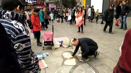 街头艺人 靠双手挣钱, 赞一个