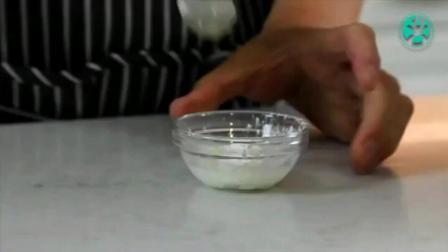 迷你烤箱烤蛋糕的做法 怎样制作蛋糕 八寸蛋糕用多少淡奶油