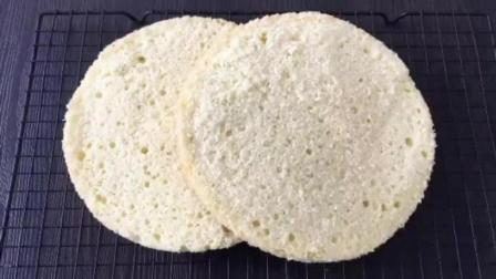 最简单的蛋糕做法烤箱 烘焙视频免费教程 不回缩的纸杯蛋糕