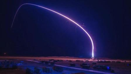 一颗导弹急速逼近中国, 十万米高空突然传出刺眼银芒, 惊艳世界!