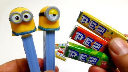 把糖果放进糖果盒子里