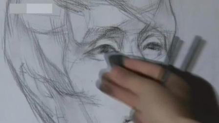 手绘初学者怎么练线稿 学习铅笔画 学素描风信子的步骤