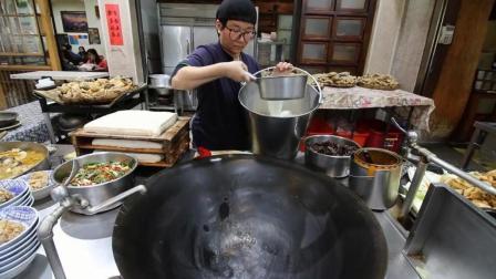 看中国人是怎么把一道菜做到极致的, 老外给出了最高的赞美